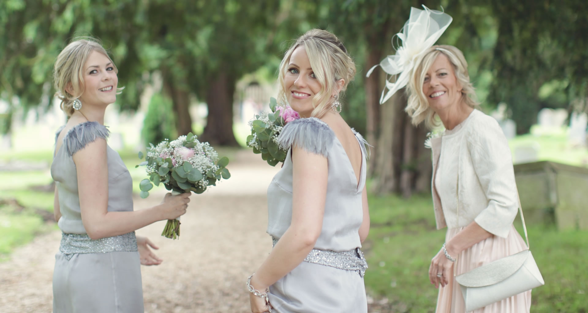 bridemaids. photography by www.bullitphotography.co.uk